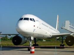 Самолет Ту-204 российской авиакомпании аварийно приземлился в Минске