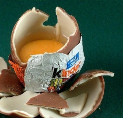 Шоколадные яйца немецкие депутаты хотят запретить продавать в Германии
