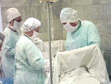 У нас проведут первую операцию по лечению ребенка еще до его рождения
