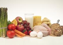 Белковая пища улучшает состояние кожи