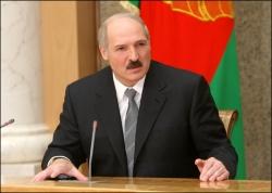 Лукашенко назвал оппозицию врагами народа, которые истерят «по пьяни или от дури»