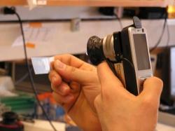 Что получиться, если  скрестить мобильный телефон и микроскоп?