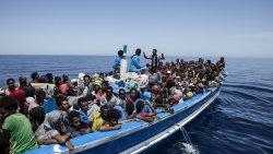 ООН: с начала года две с половиной тысячи беженцев и мигрантов погибли на пути в Европу в море