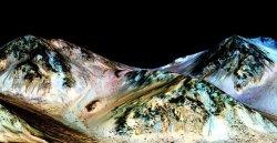 NASA: на Марсе существует жидкая вода