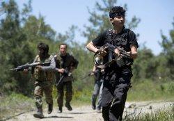 США закрывают центры для подготовки повстанцев Сирии