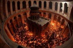 Археологами вскрыт гроб Христа