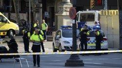 В связи с терактом в Барселоне Испания объявила о трехдневном трауре
